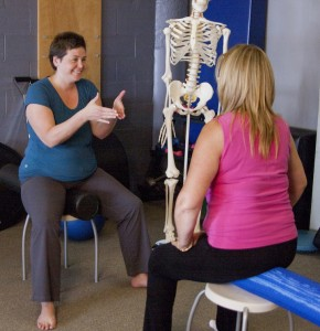 Feedback from foam rollers helps workshop participants better understand their pelvic floor structure